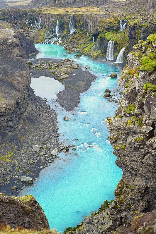 Iceland_Waterfalls_