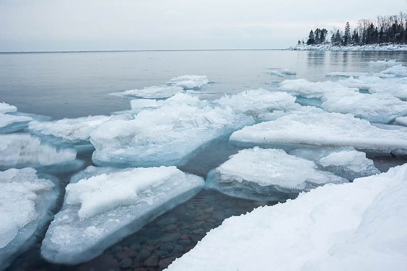 ice floes appeared overnight along the coast in Grand Marais, MN