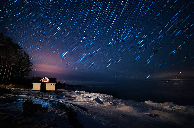Starry sky in northern Minnesota on a winter night, Two Harbors, MN, USA